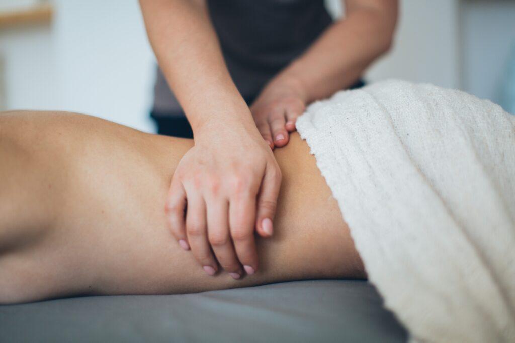 Hip and spine bath